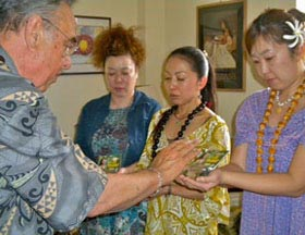 Kahu blesses students