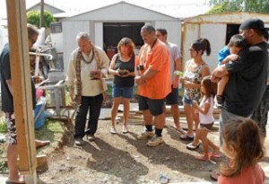 Family performs Hawaiian groundbreaking blessing ceremony
